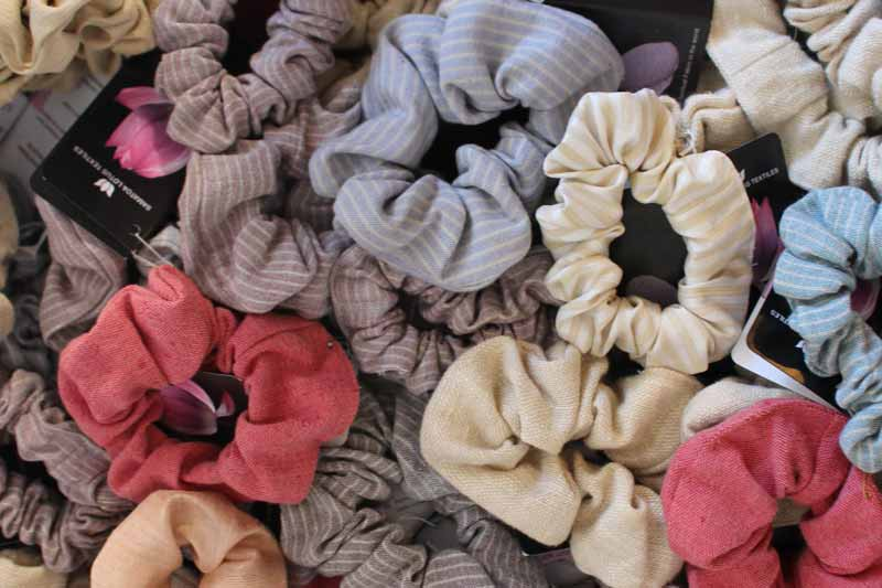 Lotus farm by Samatoa Lotus souvenir Shop hair ties